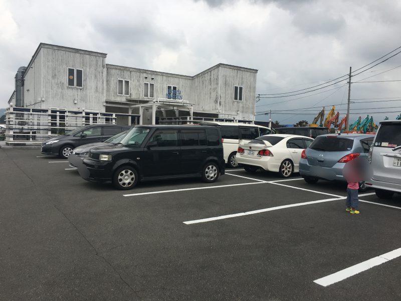マルブン南高井,駐車場