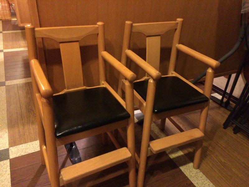 お好み焼き,一心,子供用椅子