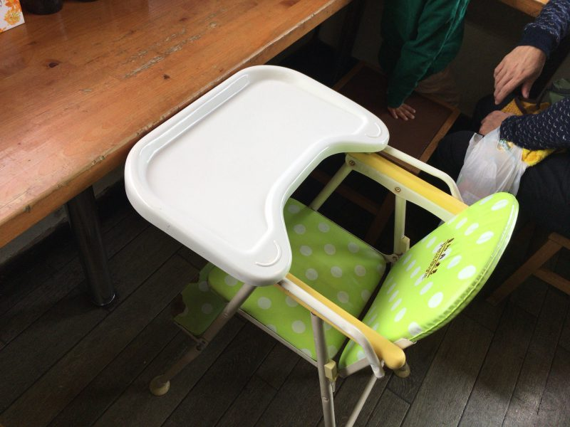 まるしん,子供椅子