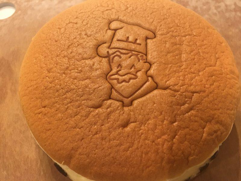 りくろーおじさんのチーズケーキ,刻印