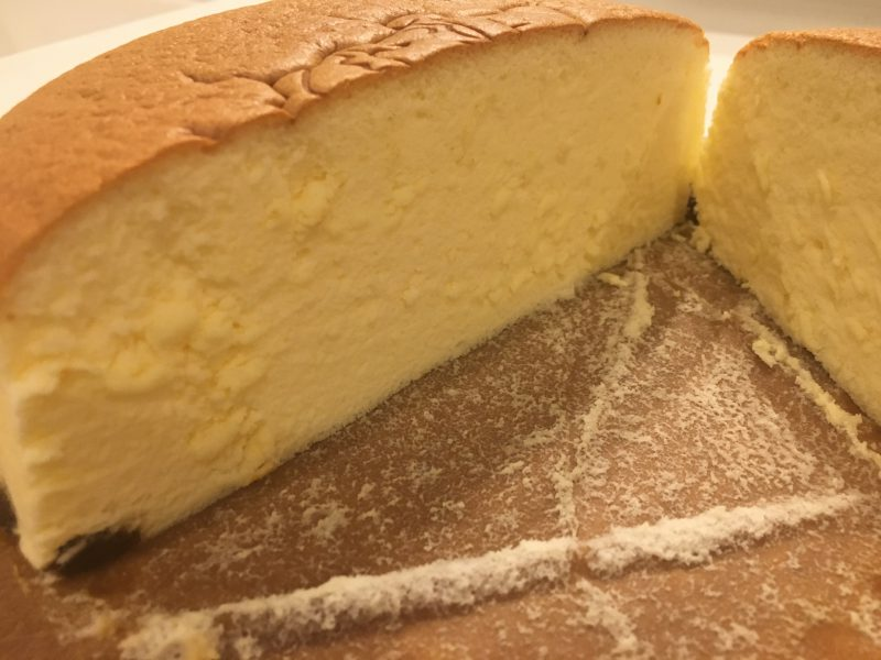 りくろーおじさんのチーズケーキ,断面