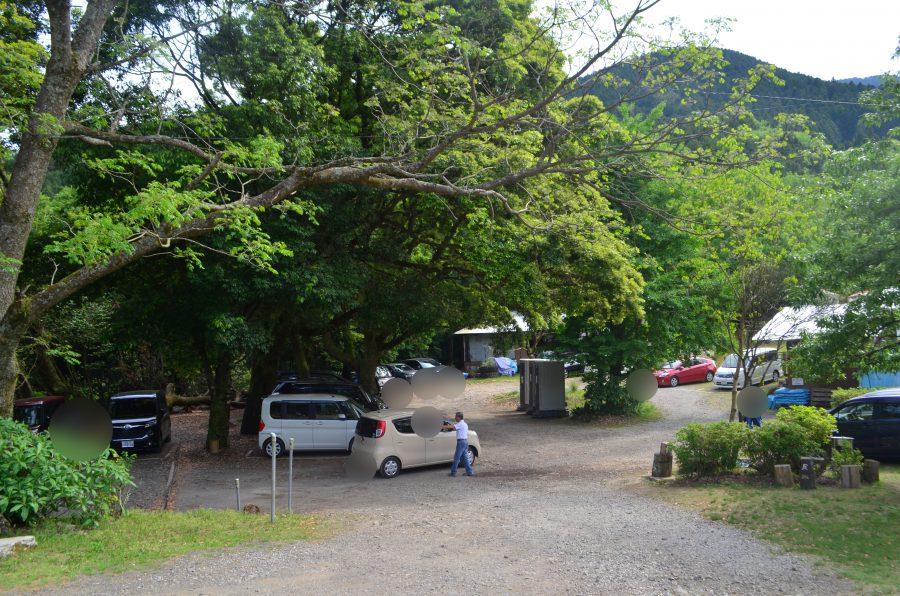 山本牧場,駐車場
