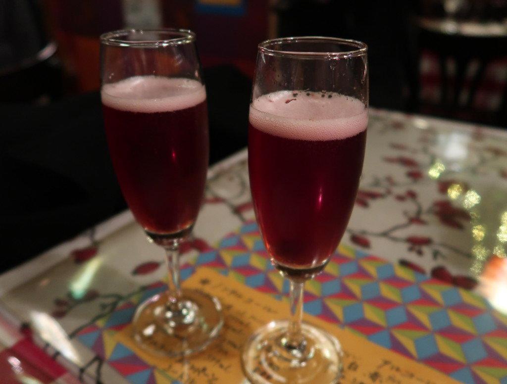 アミティエ(松山)クリスマスディナーのシャンパン