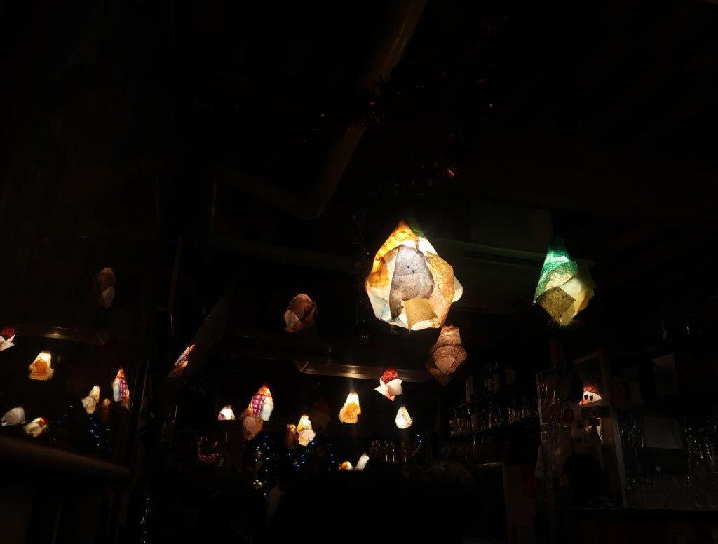 アミティエ(松山)の2階の間接照明