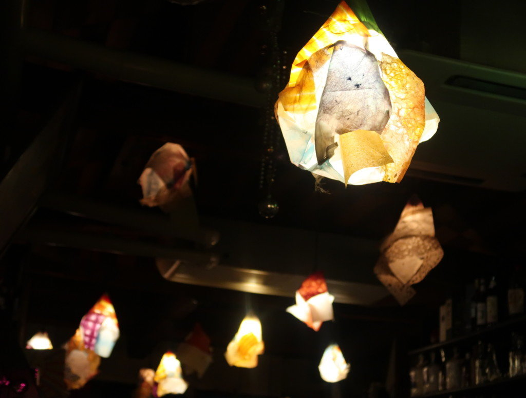 アミティエ(松山)2階の綺麗な間接照明