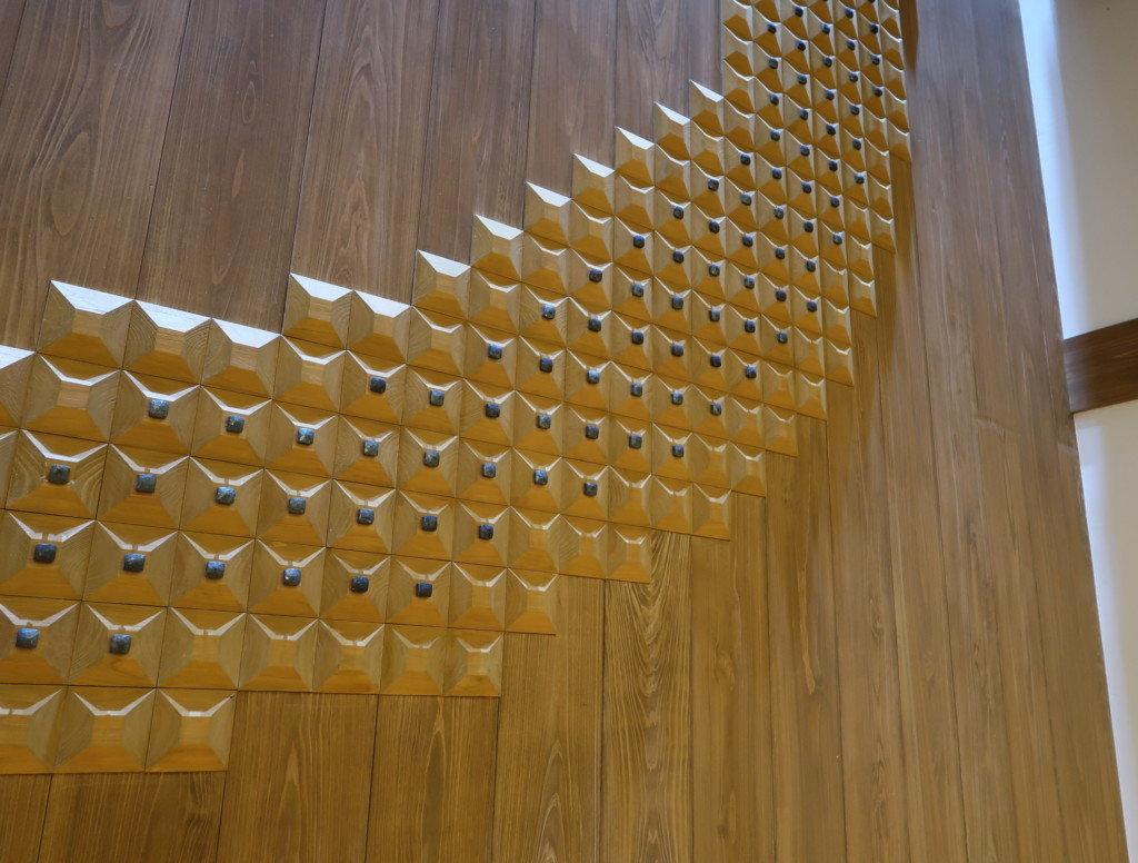 飛鳥乃湯の壁のデザイン