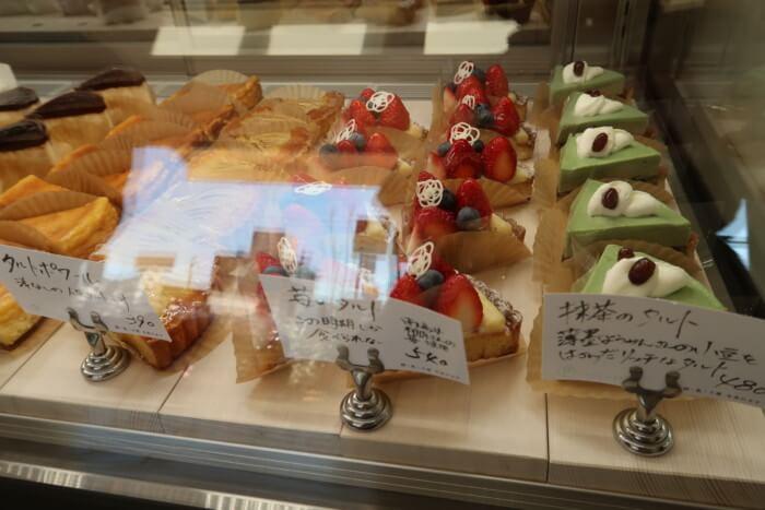パティスリー・ラポール(本店)のカットケーキ
