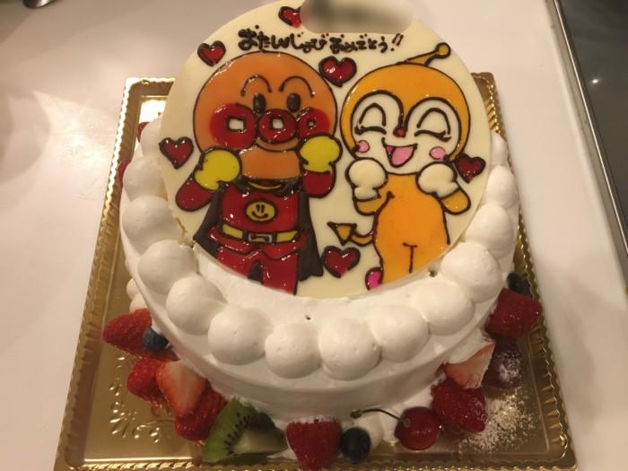 あん庵のキャラクターケーキ(アンパンマンとドキンちゃん)