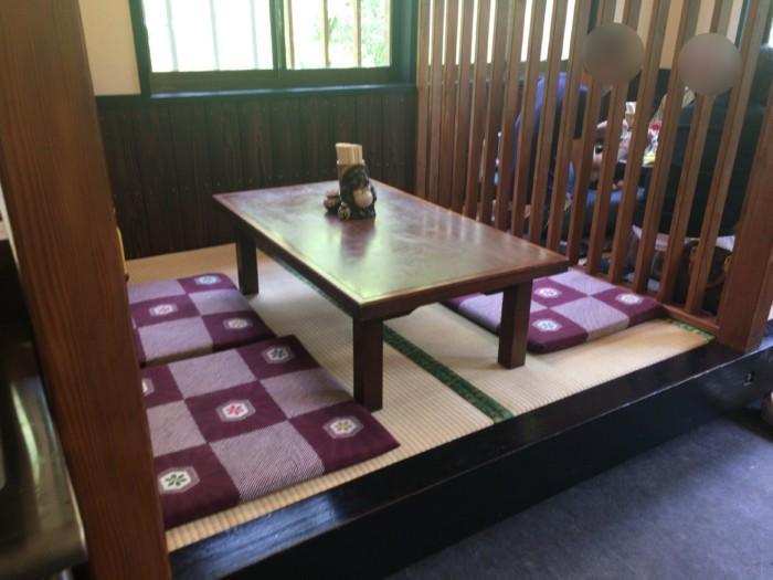 もく兵衛(宇和島)の座敷席