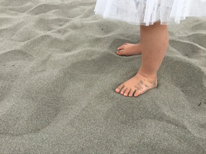 高知Tシャツアート展,砂浜の砂はサラサラ