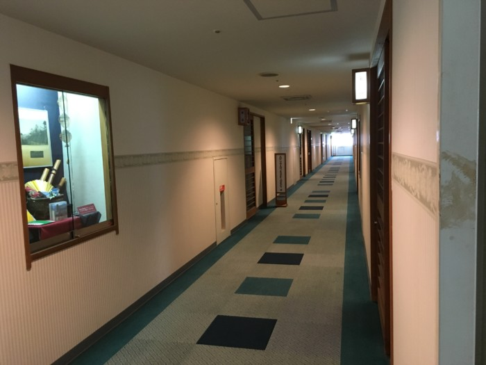 ホテル&リゾーツ別府湾の客室の廊下