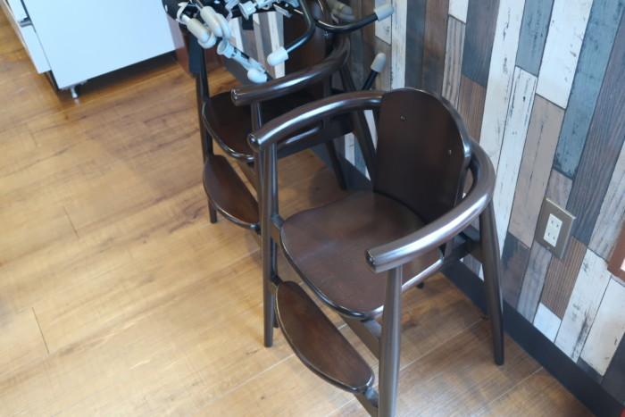 俵屋(今治)の子供用椅子