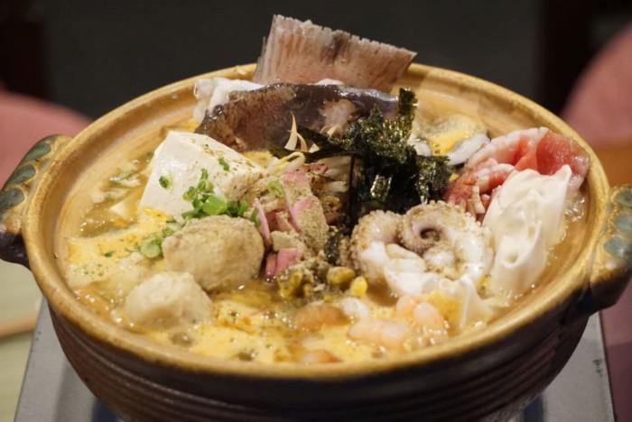 麺酒場かもがわのしびれ鍋『海鮮 酸辣(サンラー)ちゃんぽん鍋