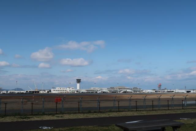 さぬきこどもの国から見える高松空港