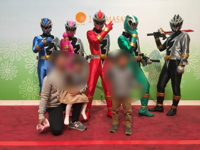 ヒーローショー(エミフルMASAKI)の写真撮影会