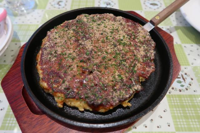 ポプラ(松山)の関西風お好み焼き