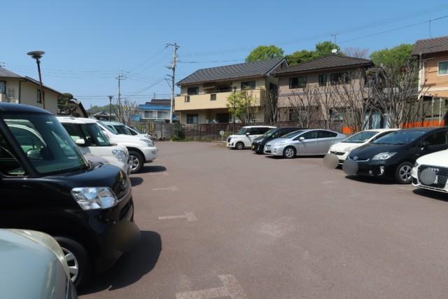 sola(松山)の駐車場
