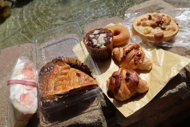 sola(松山)で購入したパン