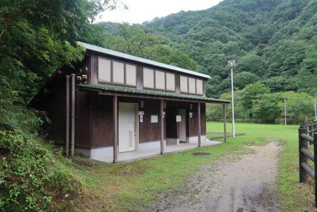 せせらぎ公園(松山市)のトイレ