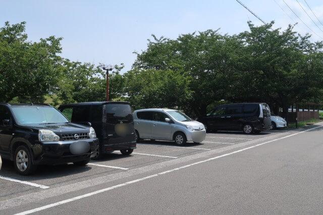 赤坂泉公園(砥部町)の駐車場