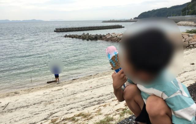 ブルーシール(ブルーヘブン),松山,アイスを食べる子供