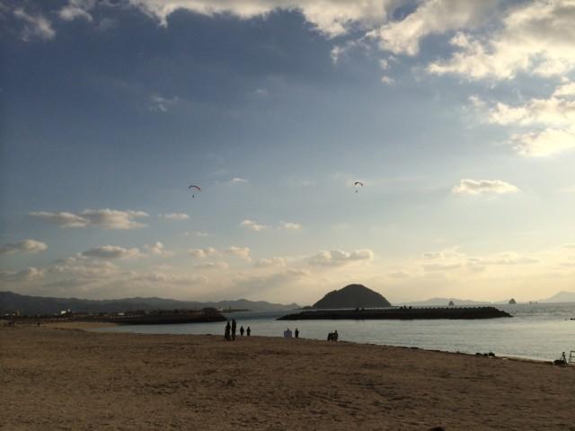 ふわり(風和里)前の海岸の様子