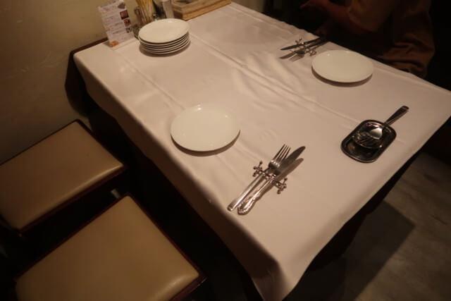 ブランベック,松山,テーブル座席