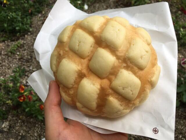 ヨコハマメロンパン松山店のメロンパン