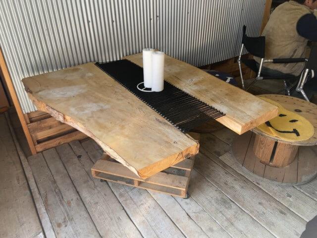 カリフォルニアン,伊予市,テーブル席