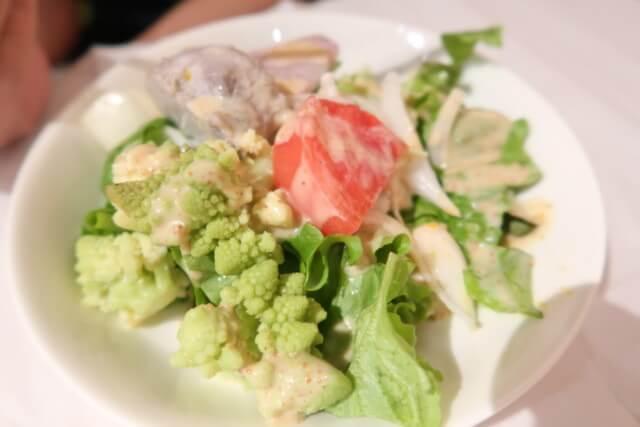 アマネク食堂,サラダ